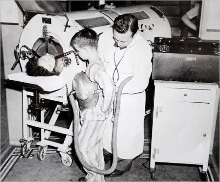 Polio iron lung